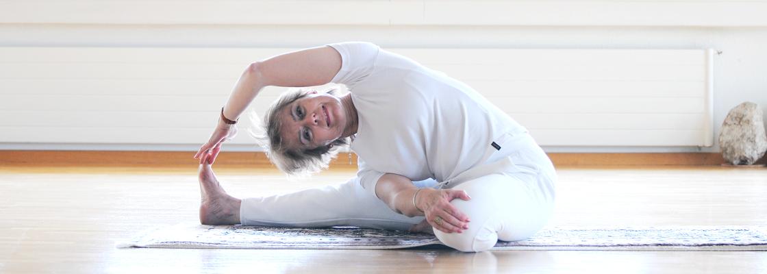 YOGA SUNANDA | Ursula Birchler | Yogalehrerin | Yogakurse | Meditation