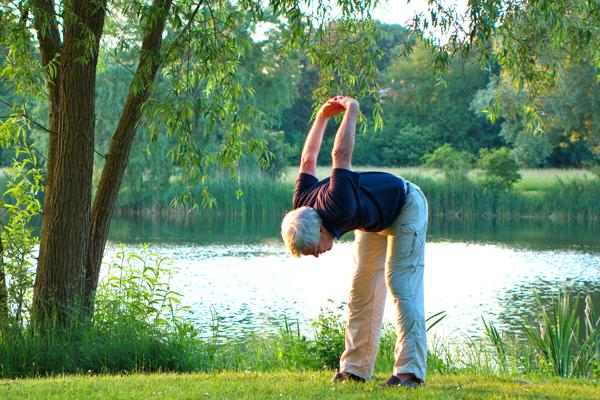 YOGA SUNANDA | Yogakurse | Hatha Yoga für Senioren
