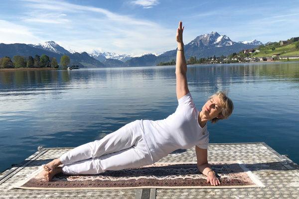 Hatha Yoga YOGA SUNANDA Winterkurse 2020