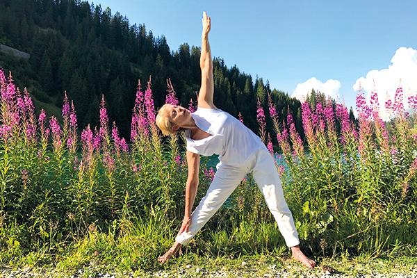 YOGA SUNANDA | Hatha Yoga | Fruehling 20